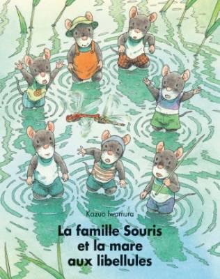 Visuel Famille Souris et la mare aux libellules (la) / 14ひきのとんぼいけ (Livres d'art)
